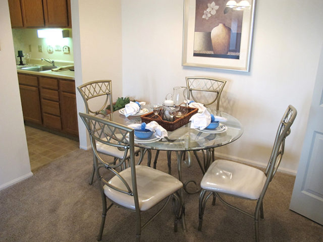 One Bedroom Dining1